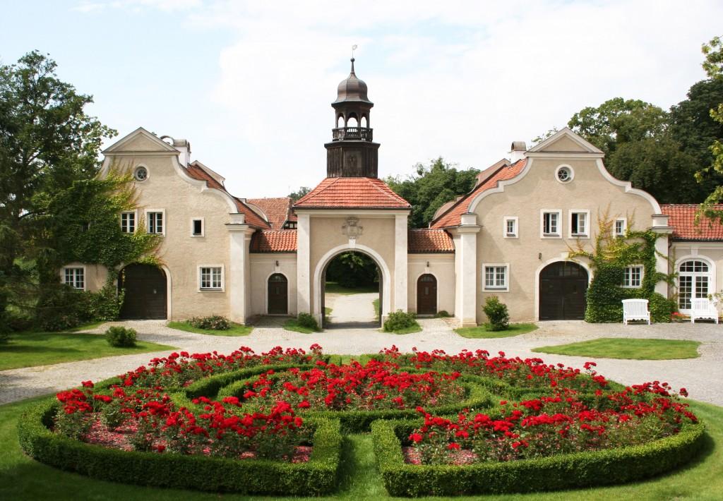 pałac zróżami
