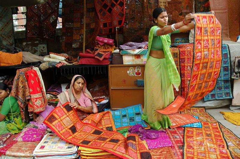Kolorowy bazar Janpath, New Delhi