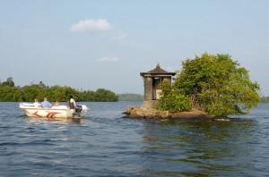 Wyspa na Rzece Madhu