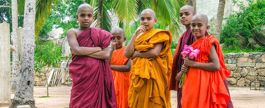 Mnisi wkolebce buddyzmu na Sri Lance - Mihinatale