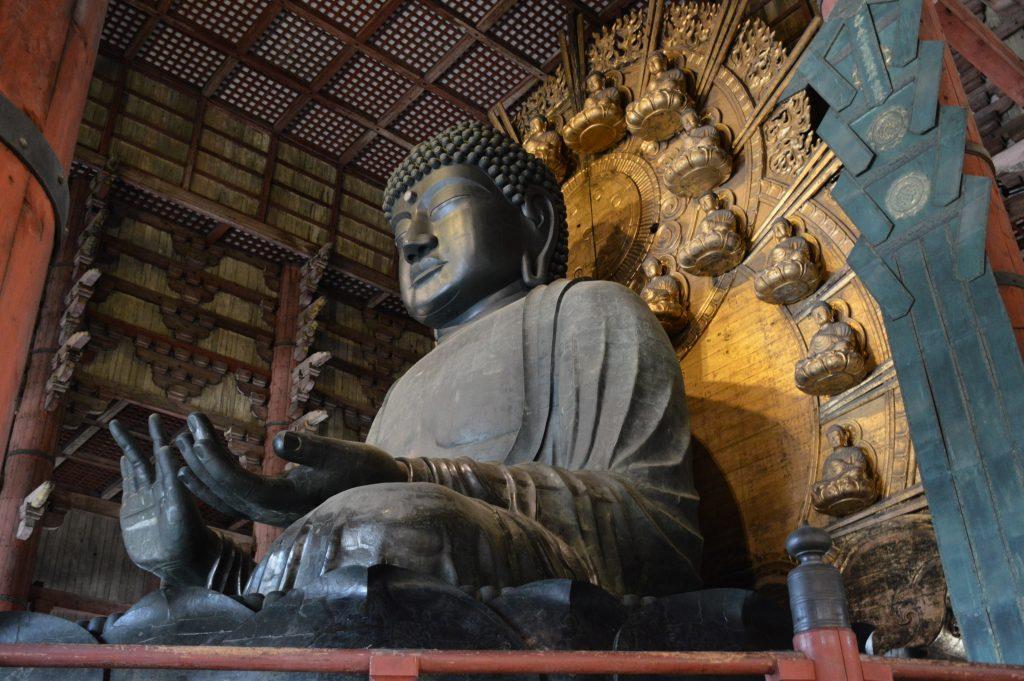 Buddha Statue im Todai-ji Tempel, Nara, Japan