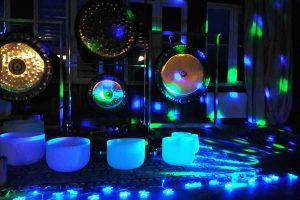 Kosmiczna podróż zdźwiękach gongów